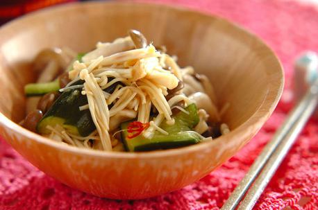 Recipe Cucumber and Enoki Mushrooms Salad
