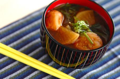 Recipe Daikon Radish and Spinach Miso Soup