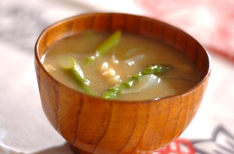 Recipe Miso Soup with Green Asparagus
