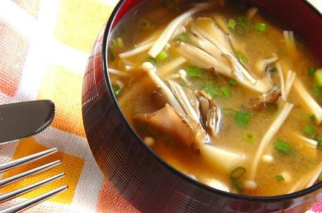 Recipe Miso Soup with Potato and Mushrooms