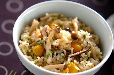Recipe Rice Cooked with Autumn ingredients