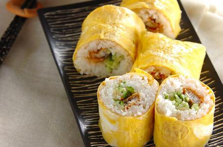 Recipe Sushi Rolled with Egg