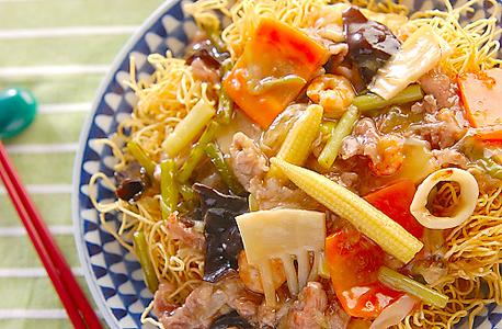 Recipe Vegetables over Crispy Noodles